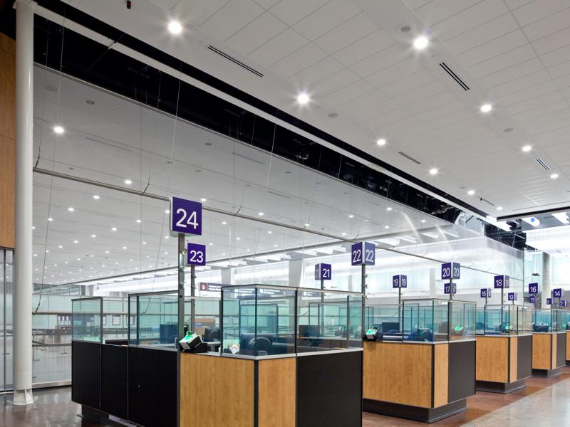 area aduanas migración aeropuerto