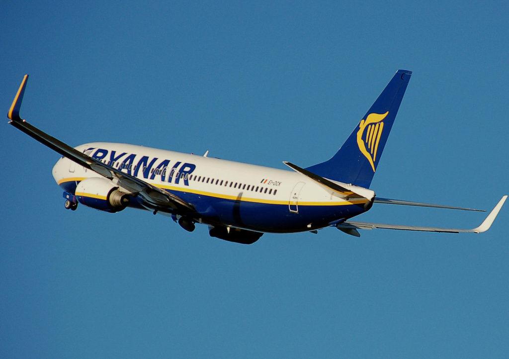 Por qué es tan barato viajar por Ryanair